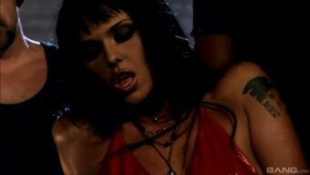 One Hard And Strong Dick Is Not Enough For Stunning Simony Diamond