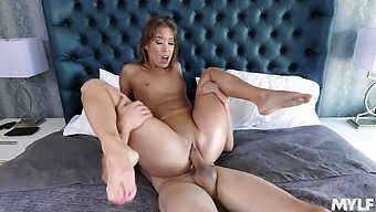 A Sweet 69 Fuck And This Wife Is Ready To Fuck Hard