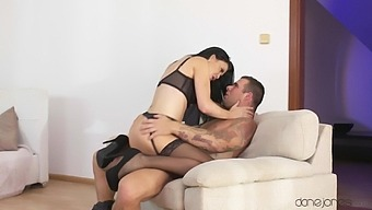 Sultry Milf Jasmine Jae Gets All Dolled Up To Greet A Lover