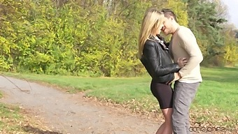 Outdoors Pussy Licking Turns On Angel Piaff And She Wants His Dick