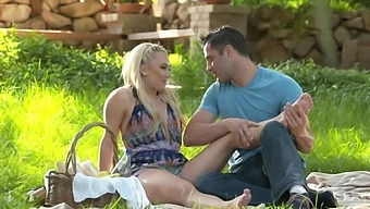 Aj Applegate Gives It Up During A Romantic Outdoor Lunch Date