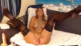 Mature Bitch In Nylon Has Multiple Orgasms On Webcam - Mrbrain88