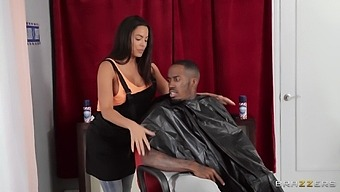 Large Tits And Ass Chick Luna Star Gets Fucked By A Black Dude