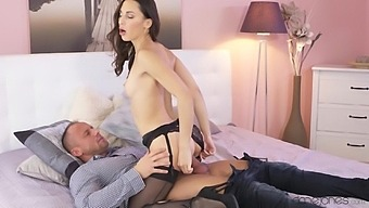 Desirable Girlfriend Lilu Moon In High Heels And Lingerie