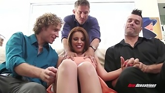 Lewd Mick Blue Polishes Soaking Pussy Of Sexy Beauty Britney Amber