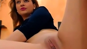 The Sweet Layla Make Her Pussy Dance...