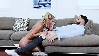 Jordan Bounce Nicely On Peters Cock