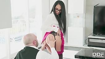 Booty Secretary Katrina Moreno Seduces Her Boss Pablo Ferrari While Working