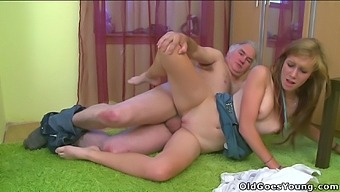 Alexis Crystal - Sindy - Horny Older Man