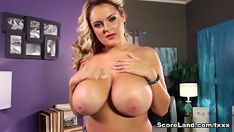 Sexy English Girl With 34gg Boobs - Katie Thornton - Scoreland