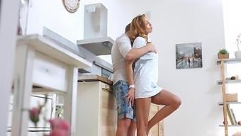 Passionate Lovemaking With Natural Tits Girlfriend Lina Montana