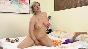 Chubby Mature Angel Baby Moans While Fingering Her Wet Pussy
