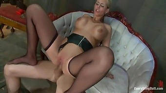 Milf Phoenix Marie Gets Reverse Cowgirl Anal By Young Stud