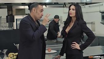 Aroused Nacho Vidal Brutally Fucks Soaking Pussy Of Curvy Alexa Tomas
