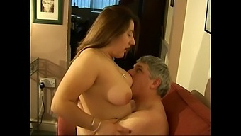 Horny Girl Kimberly Scott Spreads Her Legs To Ride In Cowgirl