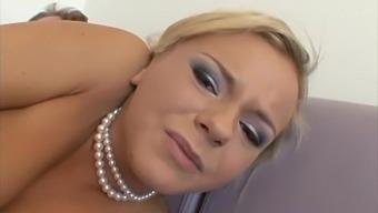 Beautiful Blonde Bree Olson Gets A Deep Anal Fucking & Sucks Cock