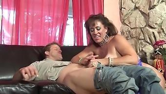 Cougar Town Sex Scene With Latina Milf Anita Cannibal