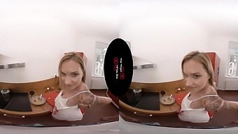Angel Piaff In Czech Dinner - Virtualrealporn
