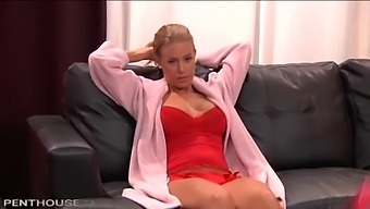 Blonde Babe Nicole Aniston Gets A Cock Rock Hard With Her Mouth And Pussy