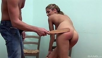 Hot Ass Chick Rachel Evans Gets Spanked And Sucks His Dick