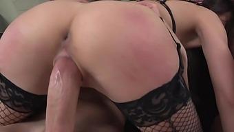 Foxy Brunette Lilu Moon Enjoys Getting Double Penetrated Hard