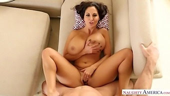 Beautiful Housewife Ava Addams Is Hungry For Some Dick