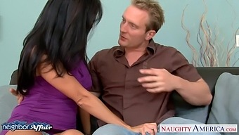 Tanned Fabulous Milf Ava Addams Spreads Legs To Be Fucked Missionary