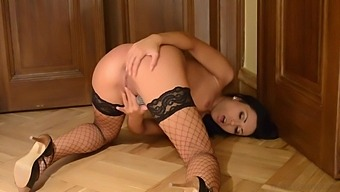 Roommates Getting Off With Bailey Ryder