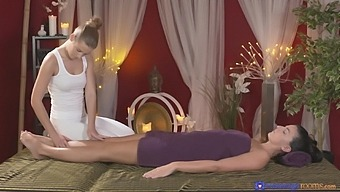 Busty Amateur Cynthia Hill Massaged And Pleased By Alexis Crystal