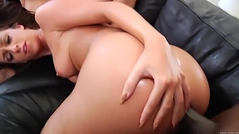 Big Butts Paradise With Jada Stevens And Jessie Rogers