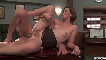 Bobbi Starr - In A New Scene By