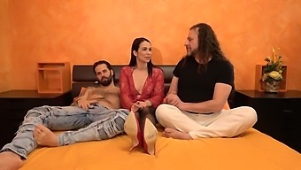 Bare Feet Smelling Handjob And Blowjob By Jessy Jey To Her Italian Lover