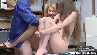 Erica Lauren And Samantha Hayes Get A Double Facial Ending