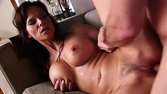 Mature Tries New Sensations With A Huge Dong