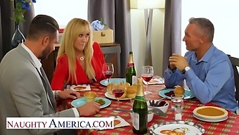 Brandi Love And Her Husband Have A Special Thanksgiving Dinner Planned Tonight
