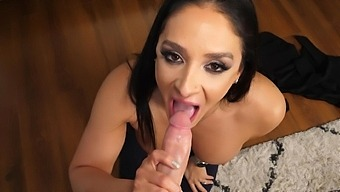 Dude With A Large Dick Gets Sucked By Adorable Sheena Ryder