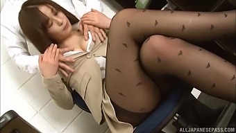 Japanese Office Babe Gets Intimate With The New Guy In A Special Xxx Show