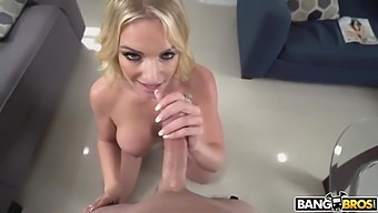 Rachael Cavalli - Naked Girl At The Door Gets Fucked