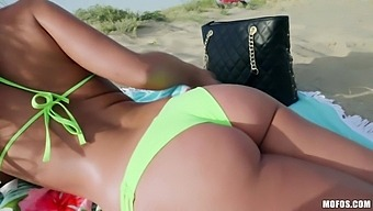 Uninhibited Babe Amirah Adara Gives A Blowjob On The Beach And Rides A Big Dick