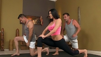 Hot Ass Brunette Kitana Lure Enjoys Dp Sex After Yoga Session