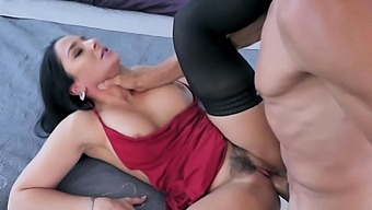 Trimmed Pussy Hottie Sheena Ryder Drops Her Panties To Ride