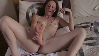 Sexy Gf Gets Fucked With A Toy By Her Boyfriend