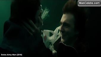 Daniel Radcliffe Kissing