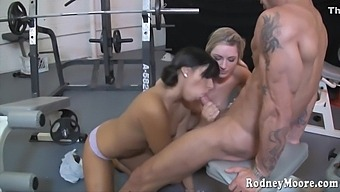 Kylee Reese And Kim Kennedy - And Threesome Sex