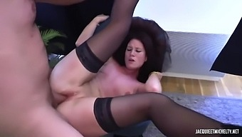 Sophia, 28 Years Old Athletic Coach First Porn Video