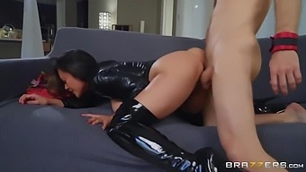 Step-Mom Wants To Be A Mistress And Dominate Her Step-Son With Kaylani Lei And Michael Vegas