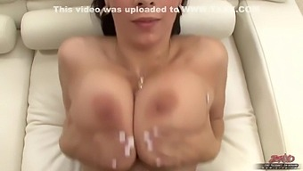 Jugs Housewife Porn Babe - Gianna Michaels