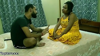 Indian Girlfriend Shared For Money:: Ufff Chodo Muje