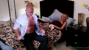 Mind Blowing Sex With The Use Of Sexually Incurred Blond Milf Julia Ann