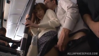 Kinky Couple Aren'T Going To Go Back Home For Love-Making, They Do It Right Their Own In A Masses Bus